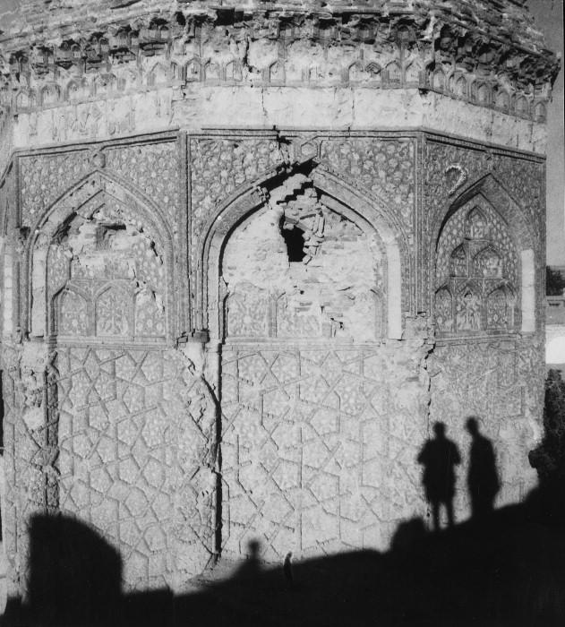 Gonbad-e Qabud, Maragha, Iran (from here).